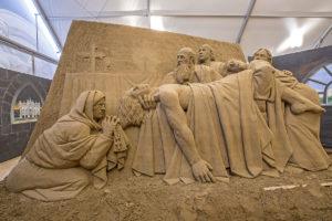 2015 Seppellire i morti e pregare Dio per i vivi e per i morti